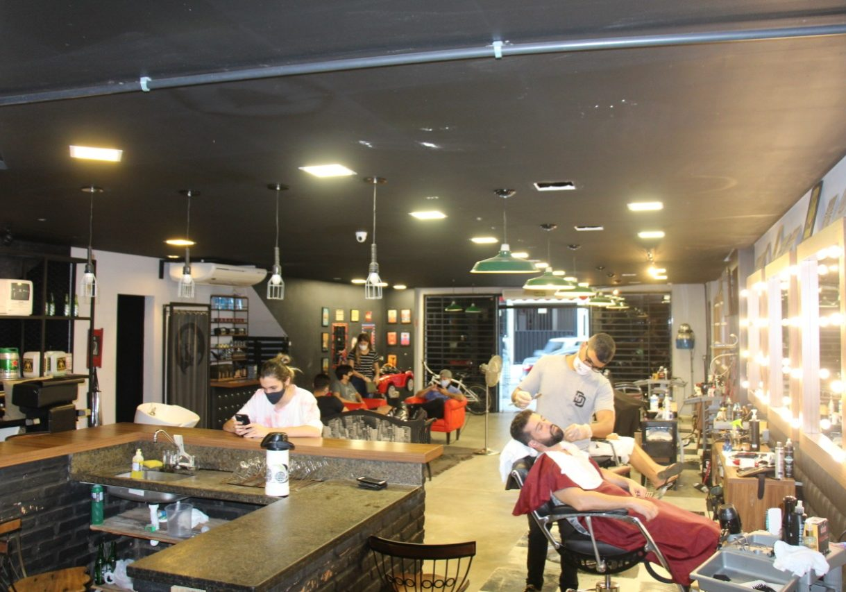 Don Diniz Barbearia