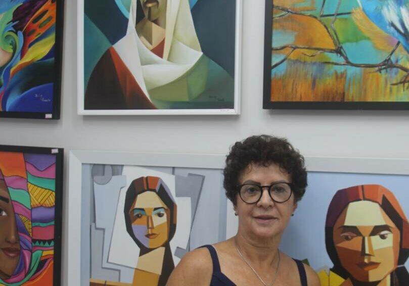 Shirley artista plástica