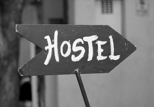 hostel-185156_640